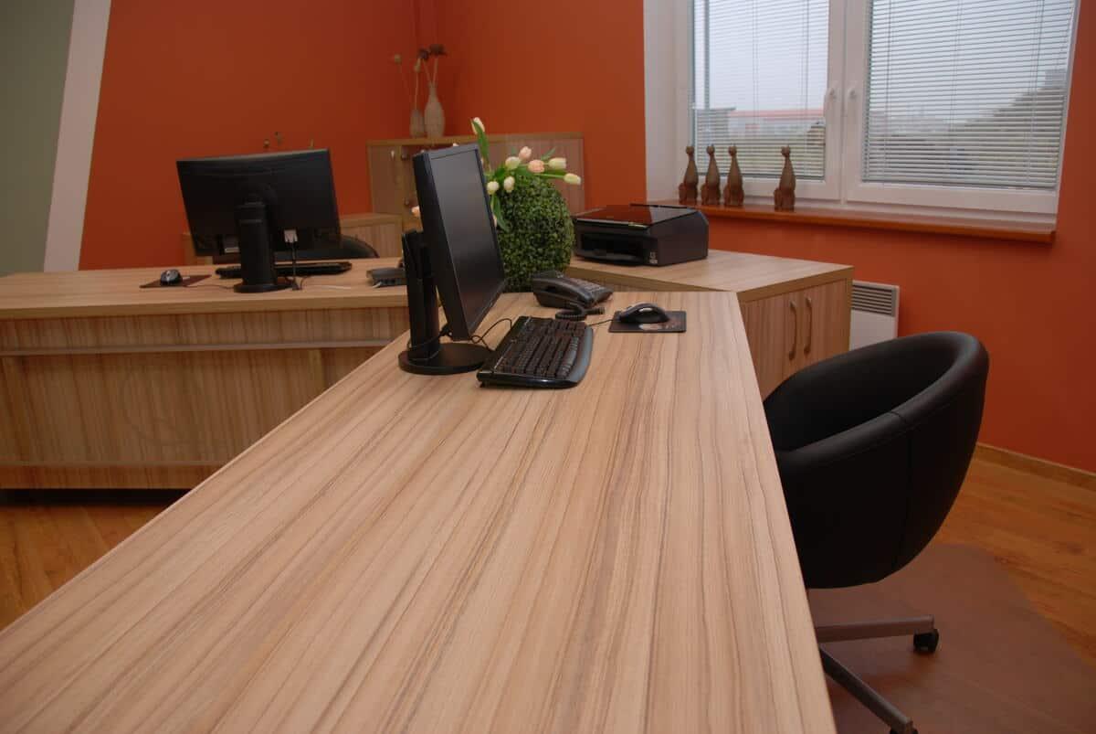 Kancelář vedení firmy 3