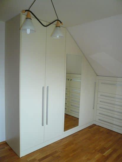 Malá ložnice v podkroví 1