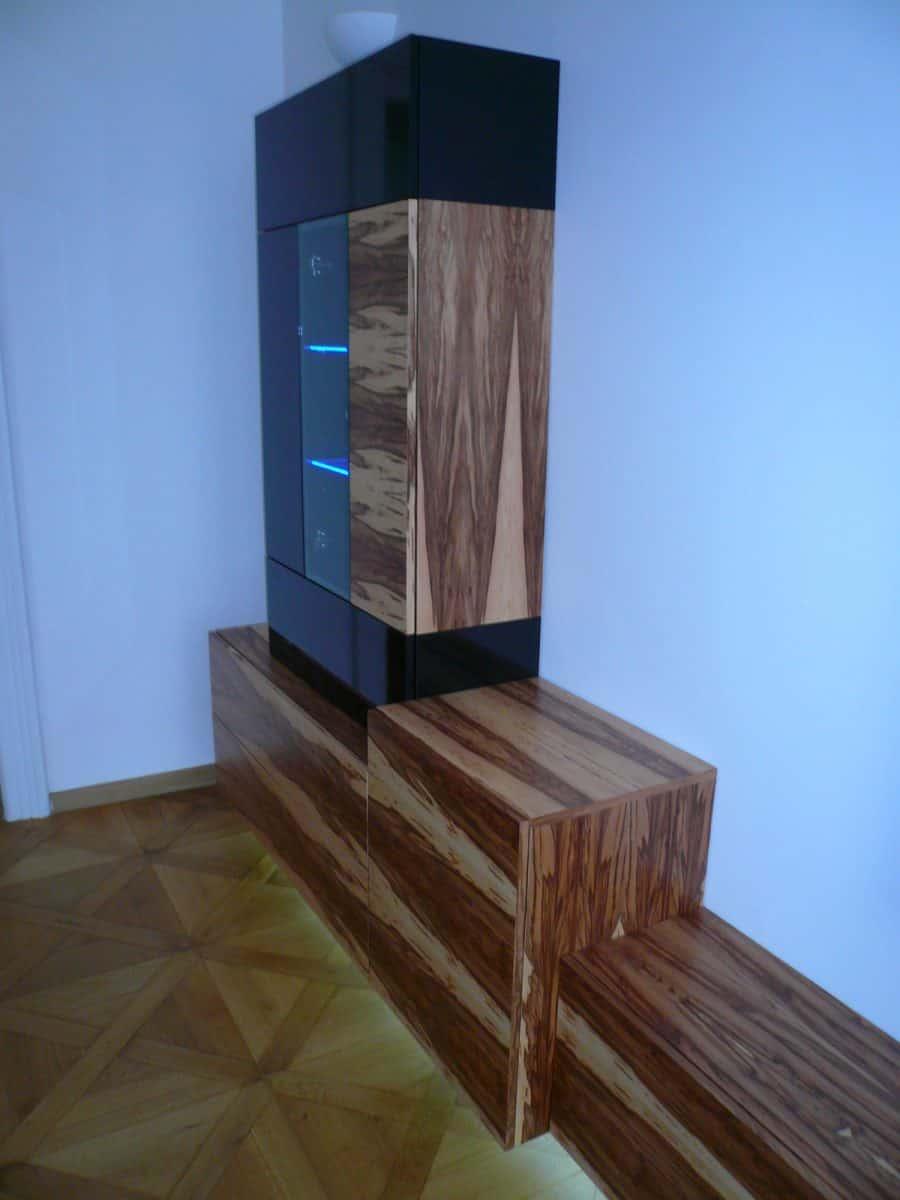 Obývací pokoj - televizní stěna a stolek 8