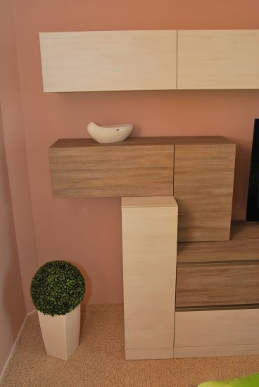 Televizní stěna v ložnici 8